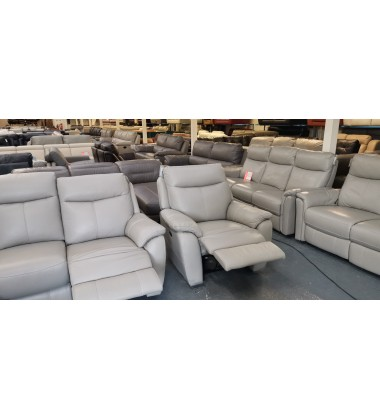 New Snug grey leather electric recliner 3 seater sofa and 2 electric armchairs